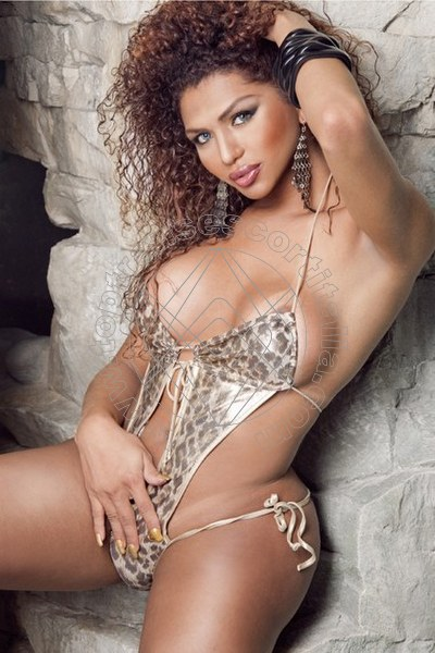 Paty Araujo SANTERAMO IN COLLE 3281043800